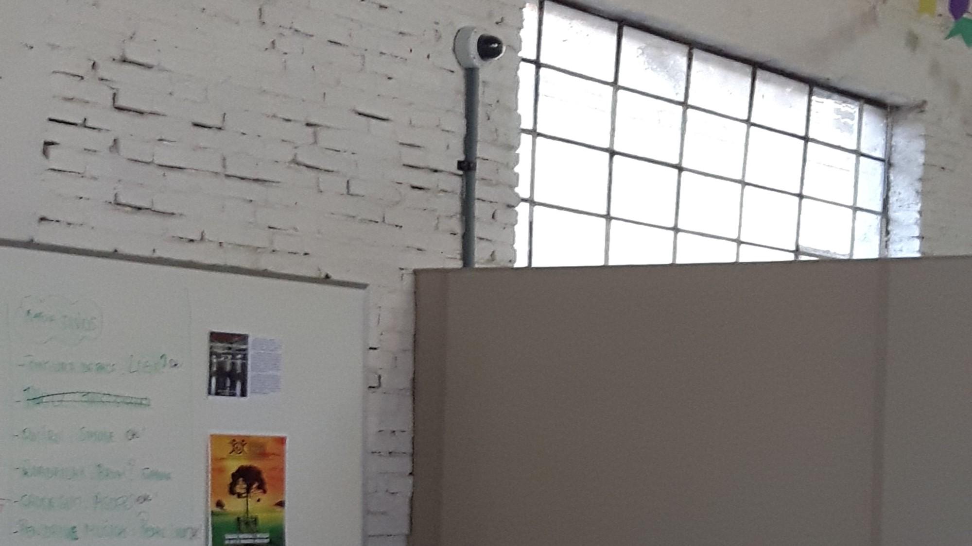 Câmera sbre o Muro