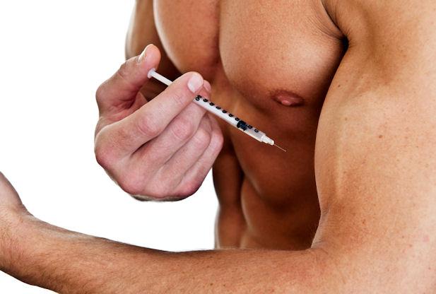 Os anabolizantes são injetados com uma seringa, o que faz com que o líquido chegue rapidamente a corrente sanguínea. Foto: Google Imagens