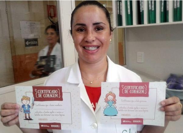 Aline Clasen, a técnica de enfermagem que teve a ideia de desenvolver os certificados. Foto: divulgação