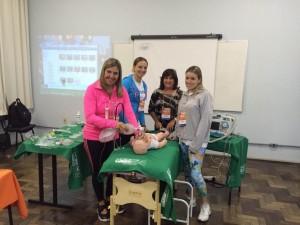 Pediatras da Faculdade de medicina realizam atualização em atendimento de emergência: PALS (pediatric advanced life suport) no final de semana (6 e 7 de junho). Patrocinado pela UNIMED Pelotas o curso é uma capacitação para atendimento de emergências pediátricas.