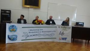 Autoridades Presentes, da esquerda para a direita: Prof Dr. Rafael Guerra Lund (Representante da PRPPG), Prof Dr Rui Carlos Zambiazi (Diretor do CCQFA), Prof Dr Wilson Cunico (Coordenador do PPGBBio) e Roselia Maria Spanevello (Coordenadora-Adjunta do PPGBBio)