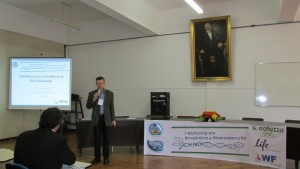 O Prof. Dr. Odir Dellagostin, do CDTec, promoveu a palestra inaugural do evento.