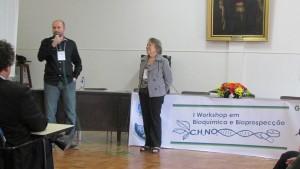 A Profª Drª Antoniana Ursine Krettli também compareceu ao Workshop. A palestrante é docente da Fiocruz e faz parte do Centro de Pesquisa Rene Rachou.